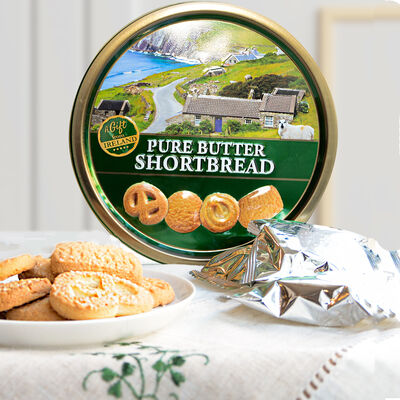 A Gift From Ireland Pure Butter Shortbread Comes In A Tin  180G