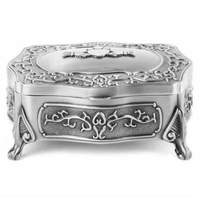 Mullingar Pewter Jewelry Box With Claddagh Design