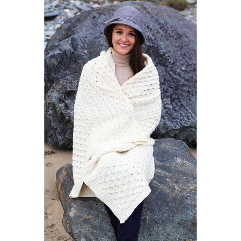 100% Wool Blanket With Honeycomb Knitted Design  white Colour