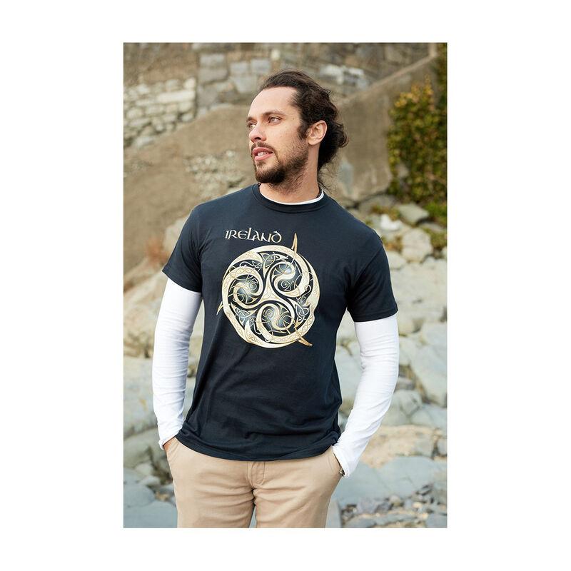 Marineblaues Rundhalsausschnitt-T-Shirt mit keltischem Spiralen-Design und Ireland-Schriftzug