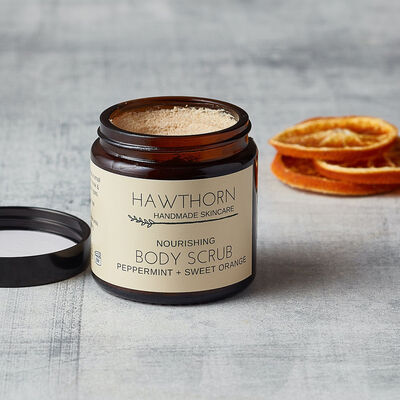 Hawthorn Handmade Skincare Nourishing Body Scrub Peppermint & Sweet Orange, 120ml