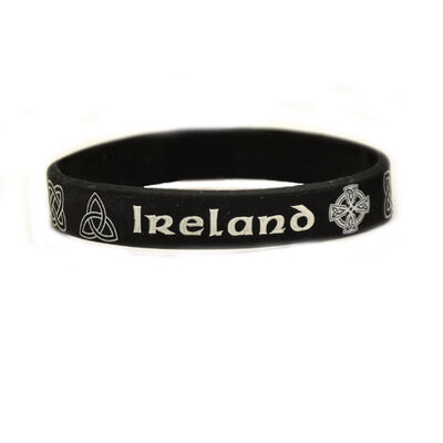 Silikon-Armband mit keltischen Designs und kleinem Irland-Schriftzug  schwarze Farbe