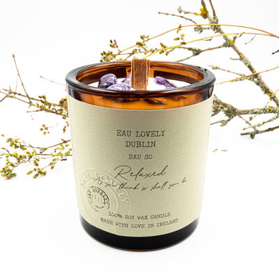 EAU Lovely Dublin So Relaxed Soy Wax Candle With Amethyst Gemstones