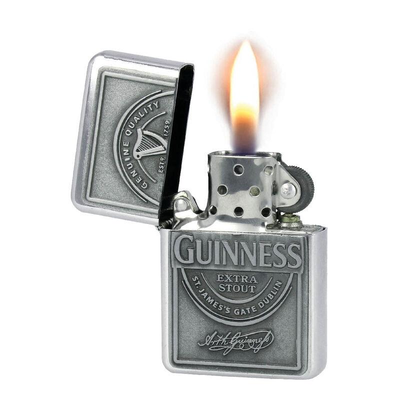 Guinness windsicheres Ölfeuerzeug mit geprägtem Label