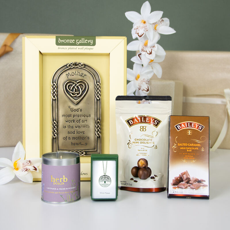 Mothers Day Baileys Chocolate, Pendant & Mother Plaque Gift Set