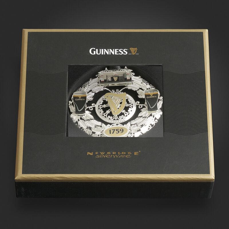 Newbridge Silverware Guinness Wreath Decoration