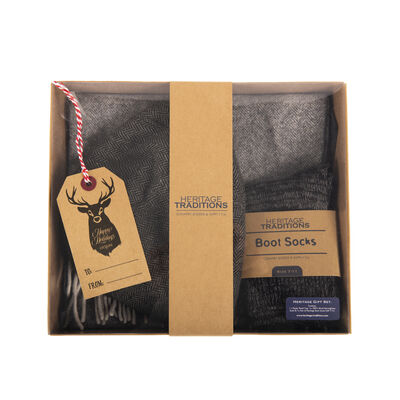 Heritage Traditions Gift Set - Peaky Cap, Wool Scarf & Boot Socks, Grey Colour