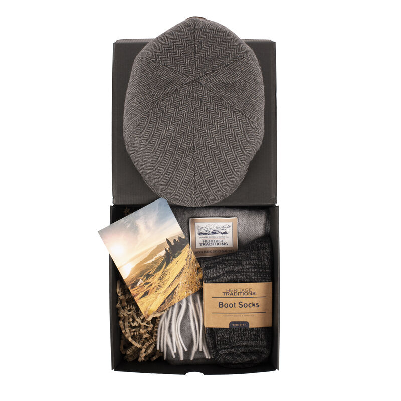 Heritage Traditions Gift Box With Flat Cap, Socks & Scarf, Grey Colour