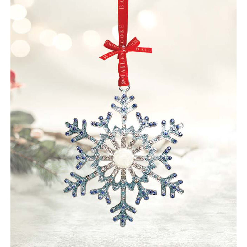 Tipperary Crystal Decoration With Sparkling Snowflake Design