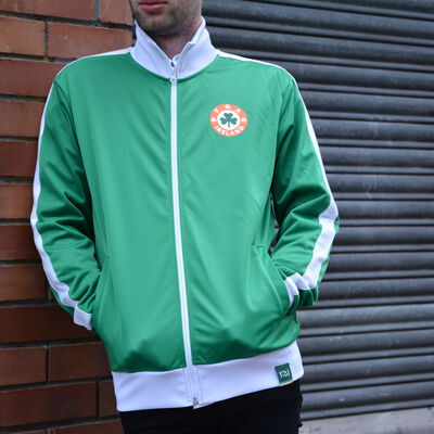 Retro Designed Ireland Football Cotton Zippy Jacket, Green Colour