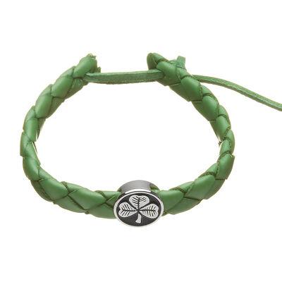 Grünes geflochtenes Lederarmband mit rundem schwarz-silbernem Kleeblatt-Glücksbringer