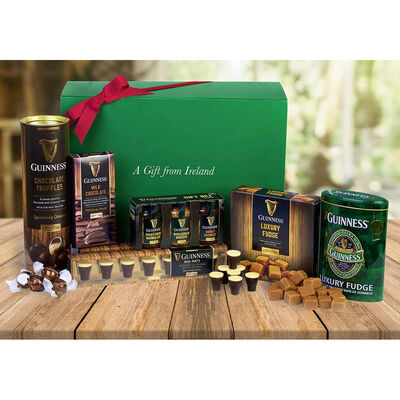 Official Guinness Merchandise Luxury Treat Gift Hamper  Large