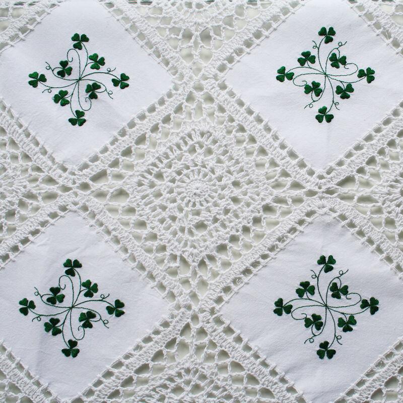 Shamrock Crochet Place Mats With Shamrock Design (12''x16')