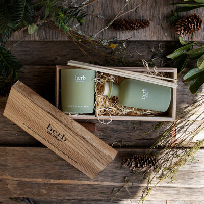 Herb Dublin Winter Walks Candle & Diffuser Set In Wooden Gift Box