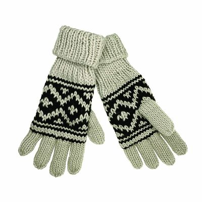 Man Of Aran Ireland Fleece Lined Gloves With Beige And Black Pattern