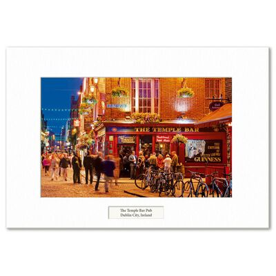 Visions Of Ireland Mounted Prints – The Temple Bar Pub  Dublin