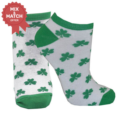 Lucky Irish Ladies Ankle Socks With Green Shamrock Pattern Design