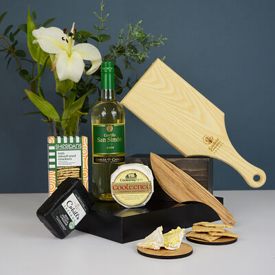 Cheese With Cheese Board & White Wine Gift Set (Ireland Only)