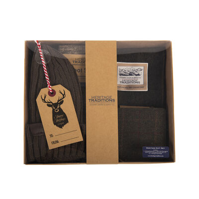 Heritage Traditions Gift Set - Beanie Hat, Wool Scarf, Boot Socks & Tweed Wallet, Green Colour