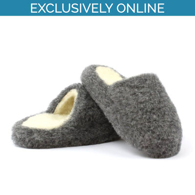Yoko Wool Women's Slip-On Fluffy Slippers With Graphite Colour